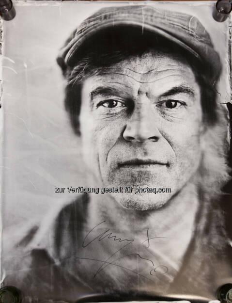 Campino von den Toten Hosen : Volkshilfe versteigert exklusives handsigniertes Foto von Campino – eine Nassplattenfotografie, eine alte Technik, die die Fotografen René Huemer und Marco C. Krenn ins Heute gerettet haben : Fotocredit: René Huemer, © Aussender (21.12.2015)