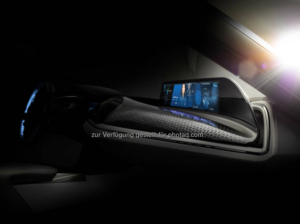 https://photaq.com/media/fmf/Image/image/44561/scalex/1024/scaley/767;bmw_group_ces_2016_vision_car_interieur_und_user-interface_d.jpg