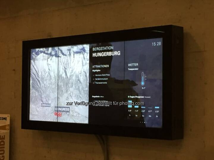 Experience winter tourism 2.0 with Kapsch digital signage @Lech_Zuers @NordketteIBK >>>https://t.co/7vfAjdXzBE http://twitter.com/kapschnet/status/681580400938881024/photo/1  Source: http://twitter.com/kapschnet