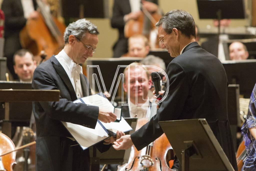 Fabio Luisi  (Chefdirigent Wiener Symphoniker),  Herbert Müller (Orchestervorstand Wiener Symphoniker), © Martina Draper (01.04.2013)