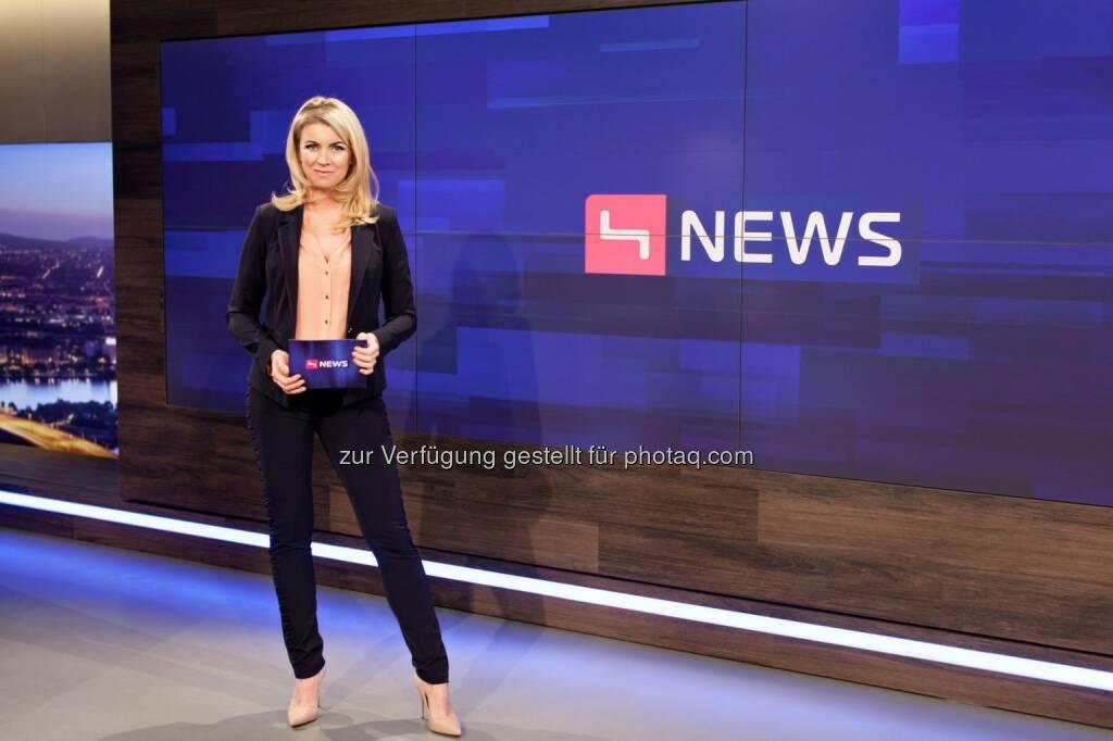 Sabine Loho (Moderatorin von Puls 4 News) : Der Präsidentschaftskandidat Andreas Khol gibt heute, Montag, um 18:45 Uhr live auf PULS 4 sein erstes TV-Interview seit Bekanntgabe seiner Kandidatur : Fotocredit: Lisa-Maria Trauer, © Aussender (11.01.2016)