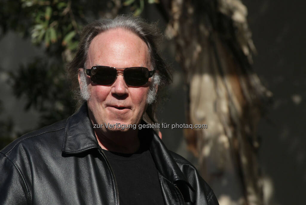 Neil Young, <a href=http://www.shutterstock.com/gallery-673594p1.html?cr=00&pl=edit-00>DFree</a> / <a href=http://www.shutterstock.com/editorial?cr=00&pl=edit-00>Shutterstock.com</a>, DFree / Shutterstock.com (11.01.2016)