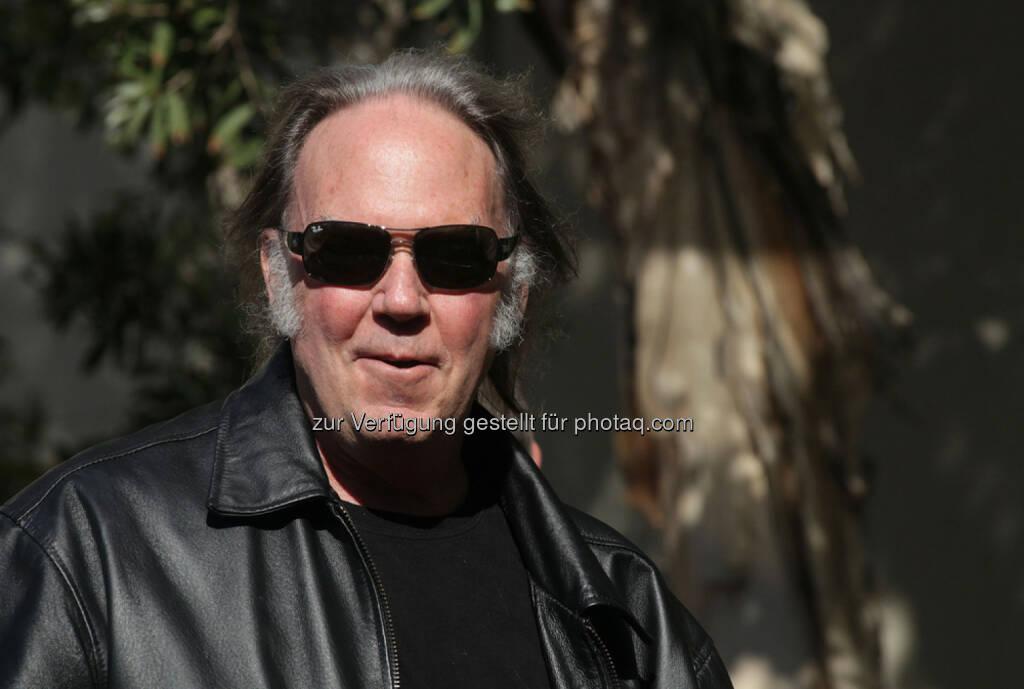 Neil Young, <a href=http://www.shutterstock.com/gallery-673594p1.html?cr=00&pl=edit-00>DFree</a> / <a href=http://www.shutterstock.com/editorial?cr=00&pl=edit-00>Shutterstock.com</a>, DFree / Shutterstock.com (11.01.2016)