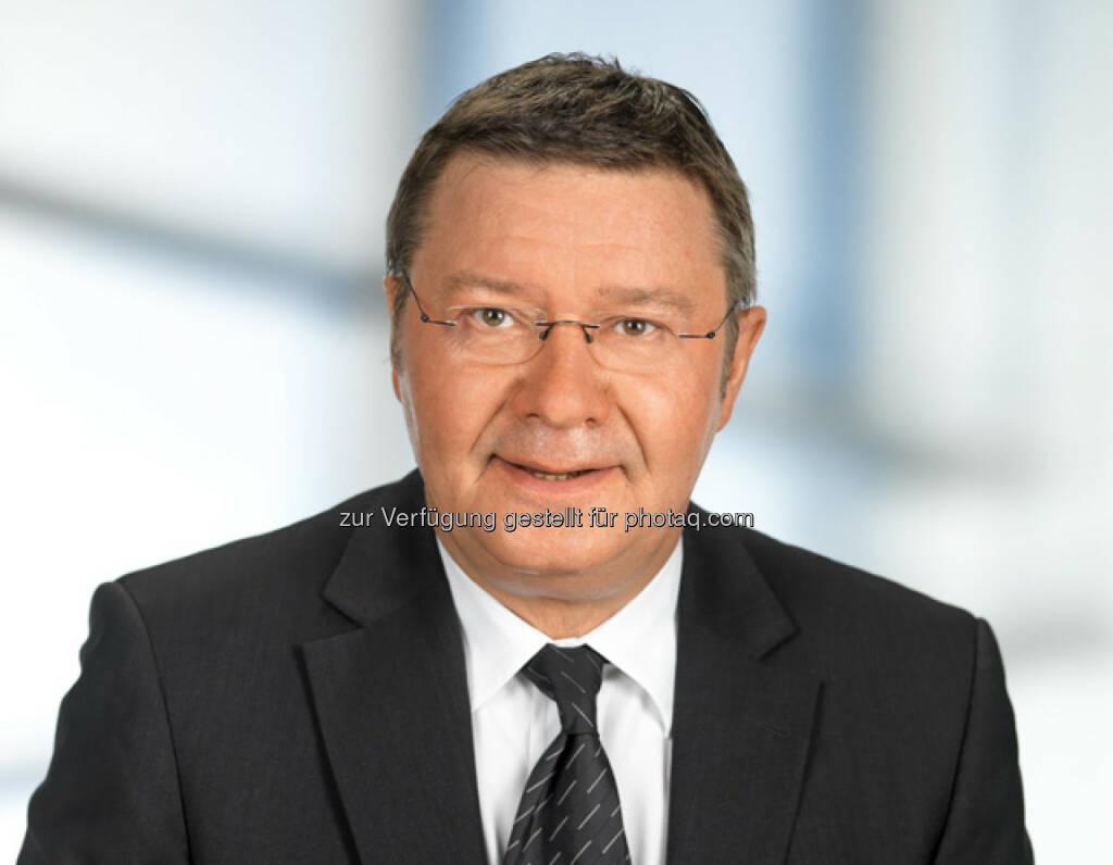 Anton Jenzer : Eine der führenden Digitaldruckereien Österreichs bekommt neue Eigentümer : Die Gesellschafter der VSG Direktwerbung GmbH, einem der führenden österreichischen Dienstleistungsunternehmen für Dialog Marketing haben kürzlich zu 100% die Anteile an der digiDruck GmbH übernommen : VSG-Geschäftsführer Anton Jenzer übernimmt zu seinen bisherigen Agenden zusätzlich die Geschäftsführung der digiDruck GmbH : Fotocredit: VSG Direktwerbung/Wilke, © Aussendung (15.01.2016)