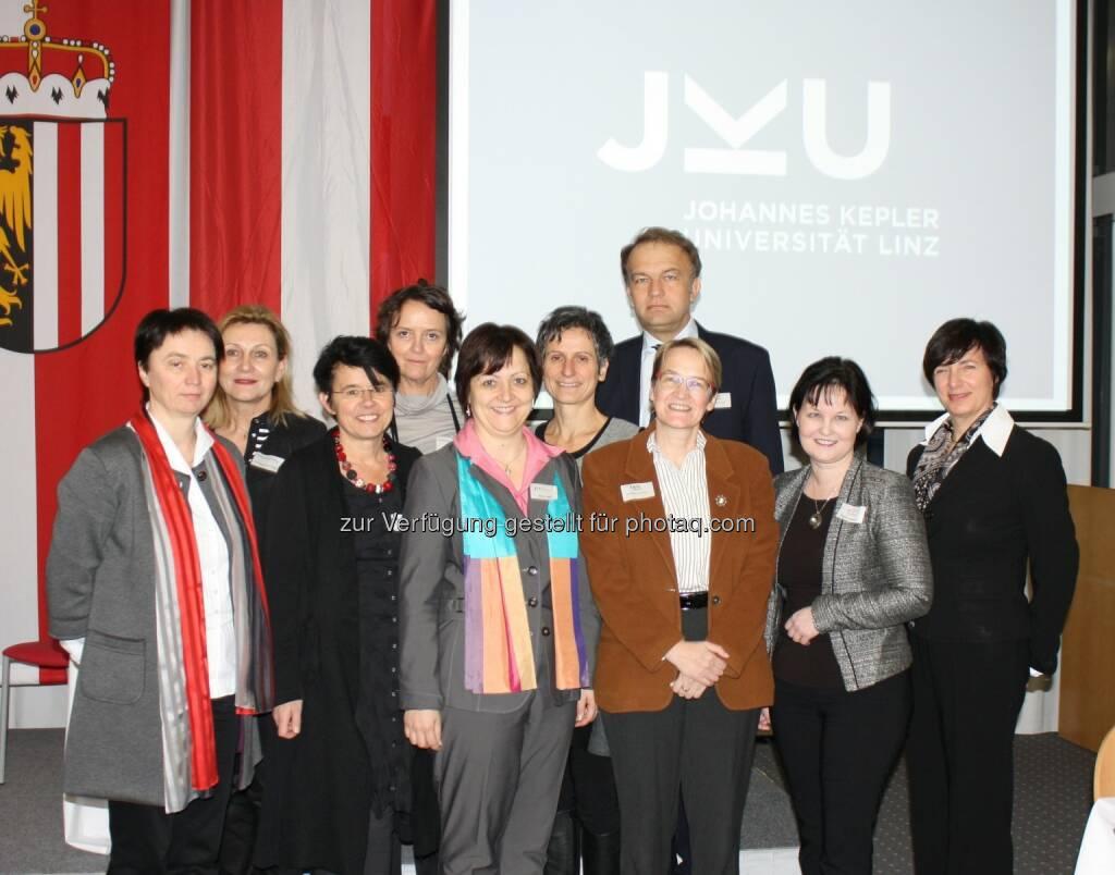 Großes Treffen des 1. Club Scientifica an der JKU : Das Kompetenznetzwerk für Wissenschaftlerinnen : Fotocredit: JKU, © Aussender (18.01.2016)