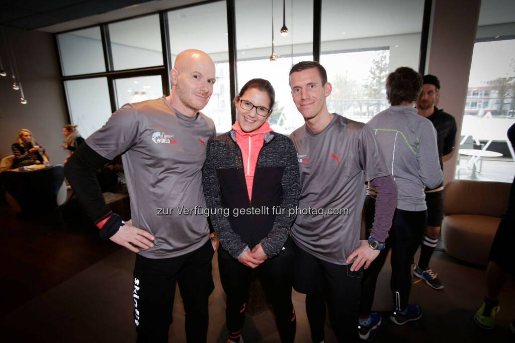 Participants at the Wings for Life World Run event in Munich 23rd of January 2016, Thomas Rottenberg on the left  (Bild: Daniel Grund) (24.01.2016)