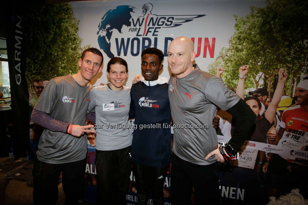 Participants at the Wings for Life World Run event in Munich 23rd of January 2016, Thomas Rottenberg on the right  (Bild: Daniel Grund) (24.01.2016)