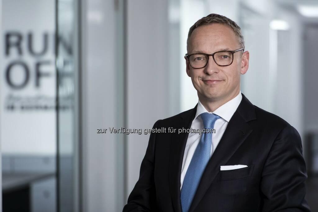 Arndt Gossmann (CEO der DARAG Gruppe & Vorsitzender des Vorstands der deutschen DARAG) : Starkes Wachstum von Run-off in Europa : DARAG vervierfacht versicherungstechnische Rückstellungen im Jahr 2015 : Fotocredit: www.red-robin-de, © Aussender (25.01.2016)