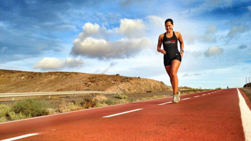 Monika Kalbacher auf Fuerteventura, © Diverse  (29.01.2016)