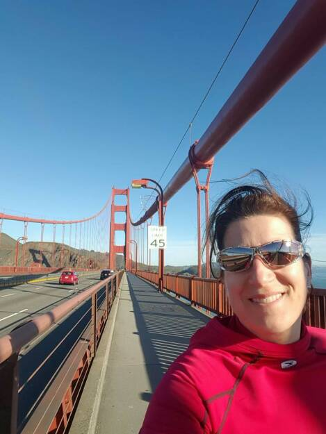 San Francisco Bridge Running by Nina Haas, © Aussendung (08.02.2016)