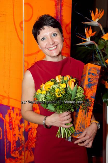 Sandra Bauernfeind (Leiterin der Wohnabteilung bei EHL) ist Immobilienmaklerin des Jahres (Foto: epmedia / Jana Madzigon) (05.04.2013)