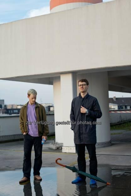 Henning Fehr & Philipp Rühr (Videokünstler) : Gewinner der zweiten BMW Art Journey : Ihr eingereichtes Projekt, The Art of Memory: Dub Music and the CCTV Tower, untersucht die stetig zunehmende Vernetzung des heutigen Lebens : Fotocredit: BMW Group, © Aussendung (18.02.2016)