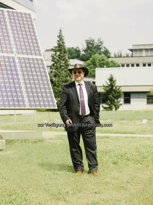 """Niyazi Serdar Sariciftci (Institut für Organische Solarzellen LIOS) : Der JKU-Wissenschaftler wurde im """"Thomson Reuters Highly Cited Researcher-Ranking 2015"""" unter die international einflussreichsten Forschungspersönlichkeiten gereiht : Fotocredit: JKU"""