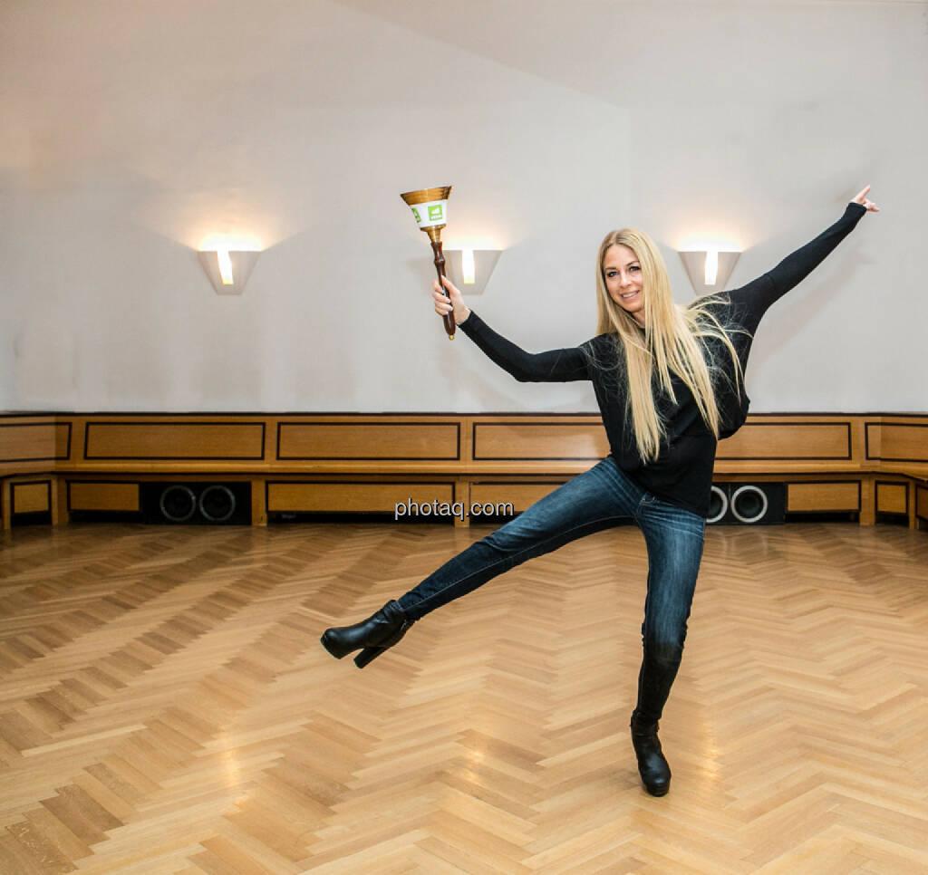 Yvonne Rueff, Tanzschule Rueff, Dancer against Cancer http://www.openingbell.eu, © Martina Draper/photaq (24.02.2016)