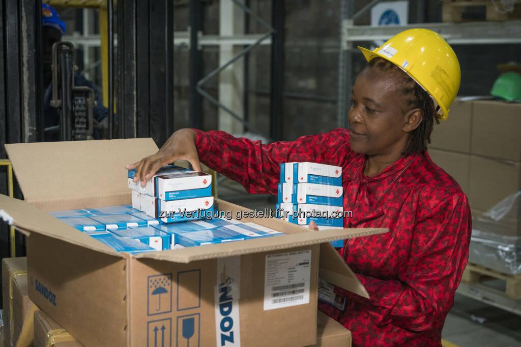 Jane Masiga, Head of Operations, MEDS, Kenia : Lieferung der ersten Novartis Access Medikamente in Kenia eingetroffen : Fotocredit: Novartis, © Aussender (25.02.2016)