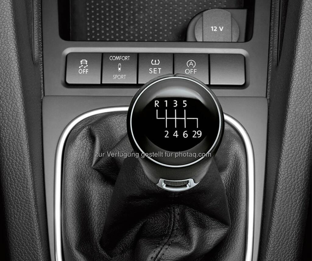 VW: Nur heute und alle vier Jahre: unsere Schaltjahr-Sondermodelle. Viel Spaß beim Schalten  (29.02.2016)