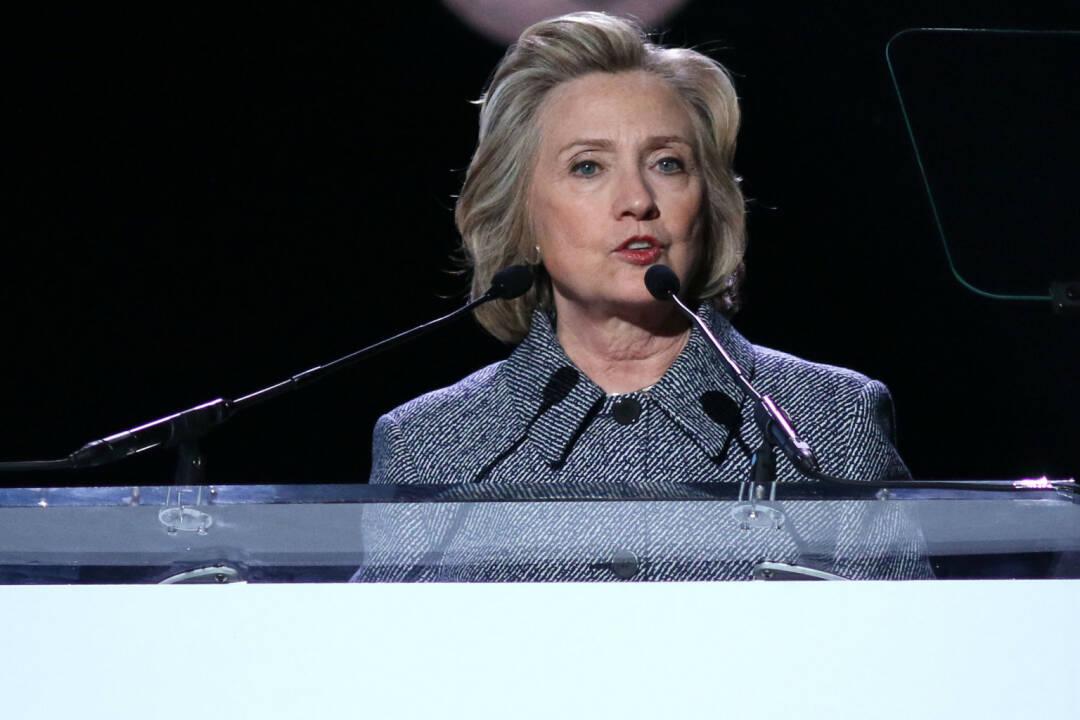 Hillary Clinton <a href=http://www.shutterstock.com/gallery-1803410p1.html?cr=00&pl=edit-00>JStone</a> / <a href=http://www.shutterstock.com/editorial?cr=00&pl=edit-00>Shutterstock.com</a>