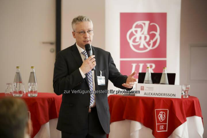 """Gunnar Alexandersson (Schweden) : Die Mobile Stadt 2030 – """"Autofrei"""" ist nicht das Ziel : Experten diskutierten die Mobile Stadt 2030 auf dem IIR Branchenevent Forum Verkehr 2016 : Fotocredit: IIR GmbH/Bartl"""