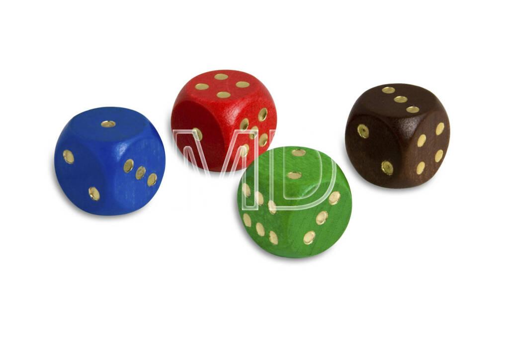 4 Würfel, blau, rot, grün, braun, © Martina Draper (06.04.2013)