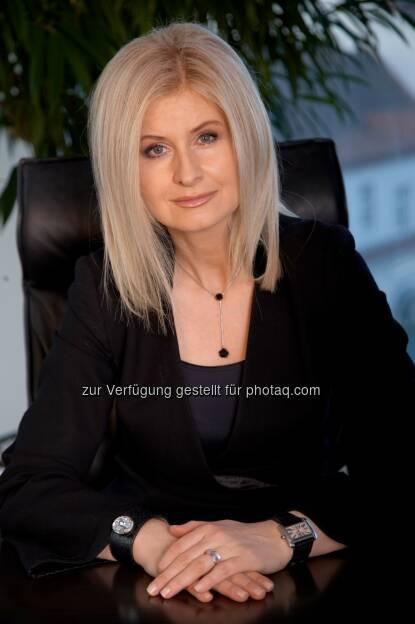 Sonja Sarközi, Vorstandsdirektorin easybank : easybank - 2015 bestes Geschäftsjahr in der Firmengeschichte : EGT 32 Mio. Euro - 556.000 servicierte Konten : Fotocredit: easybank, © Aussender (07.03.2016)