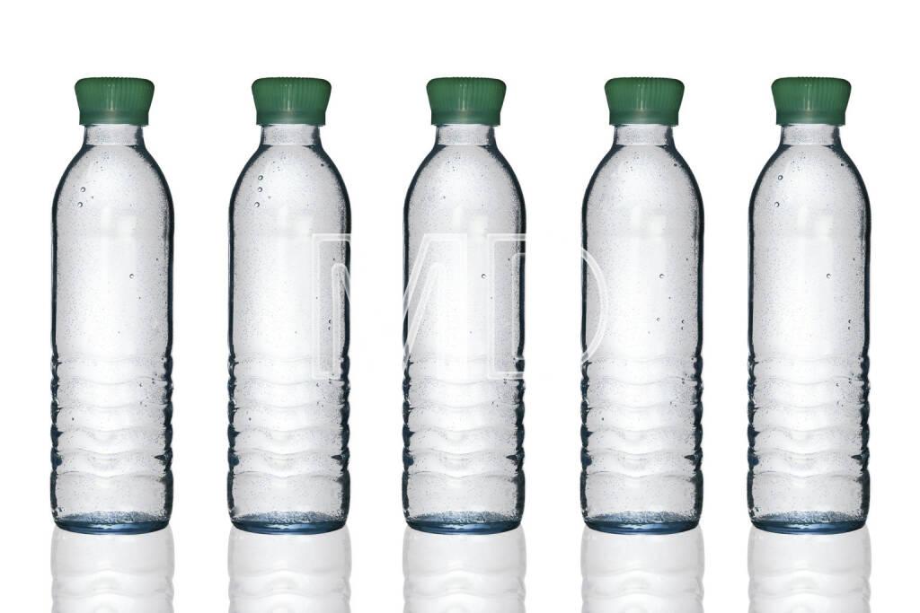 Mineralwasserflaschen, 5 Stück, © Martina Draper (06.04.2013)