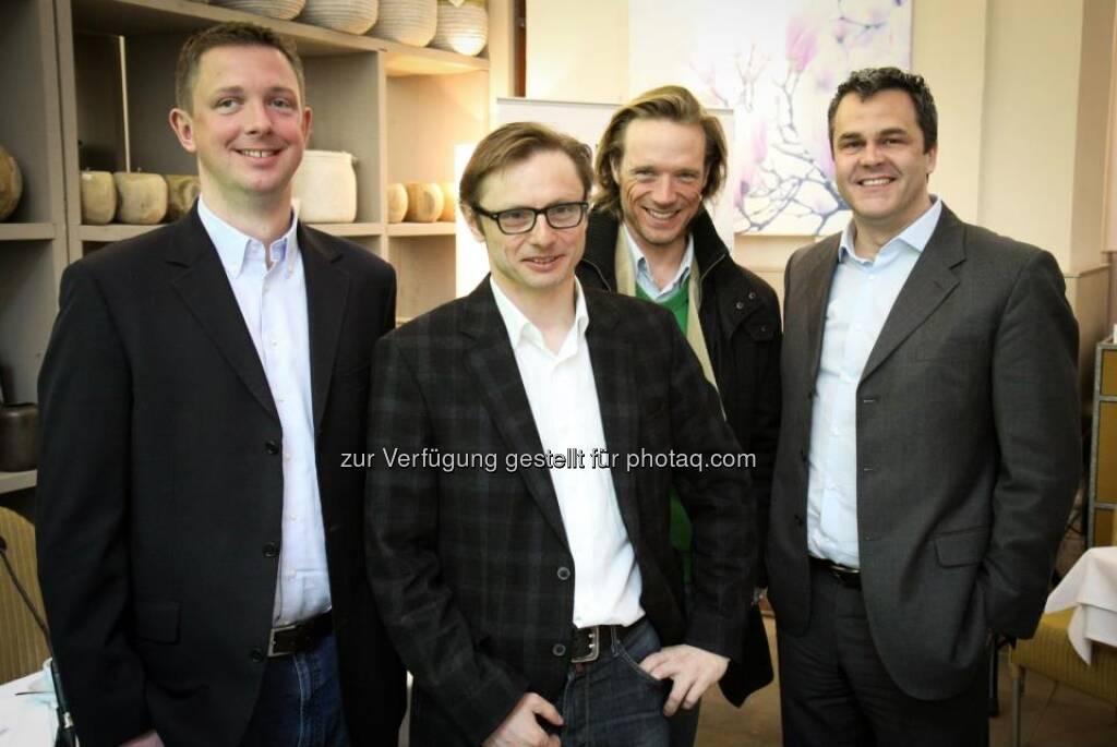 Carsten Lütke-Bornefeld (Lang & Schwarz), Andreas Kern (wikifolio), Daniel Keiper-Knorr (Speedinvest), Michel Vukusic (brokerjet), © wikifolio (07.04.2013)