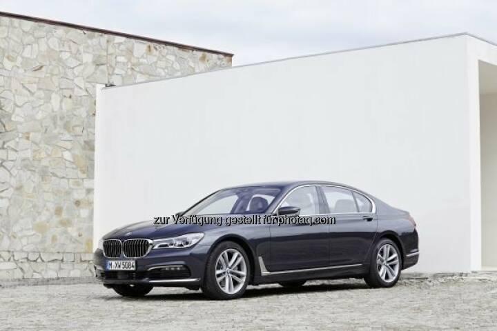"""Der neue BMW 730d  : Preisregen geht weiter - der neue BMW 7er gewinnt den """"Marcus"""" für das sicherste Auto in der Kategorie """"Luxusklasse"""" beim ÖAMTC- Automobilpreis : © BMW Group"""