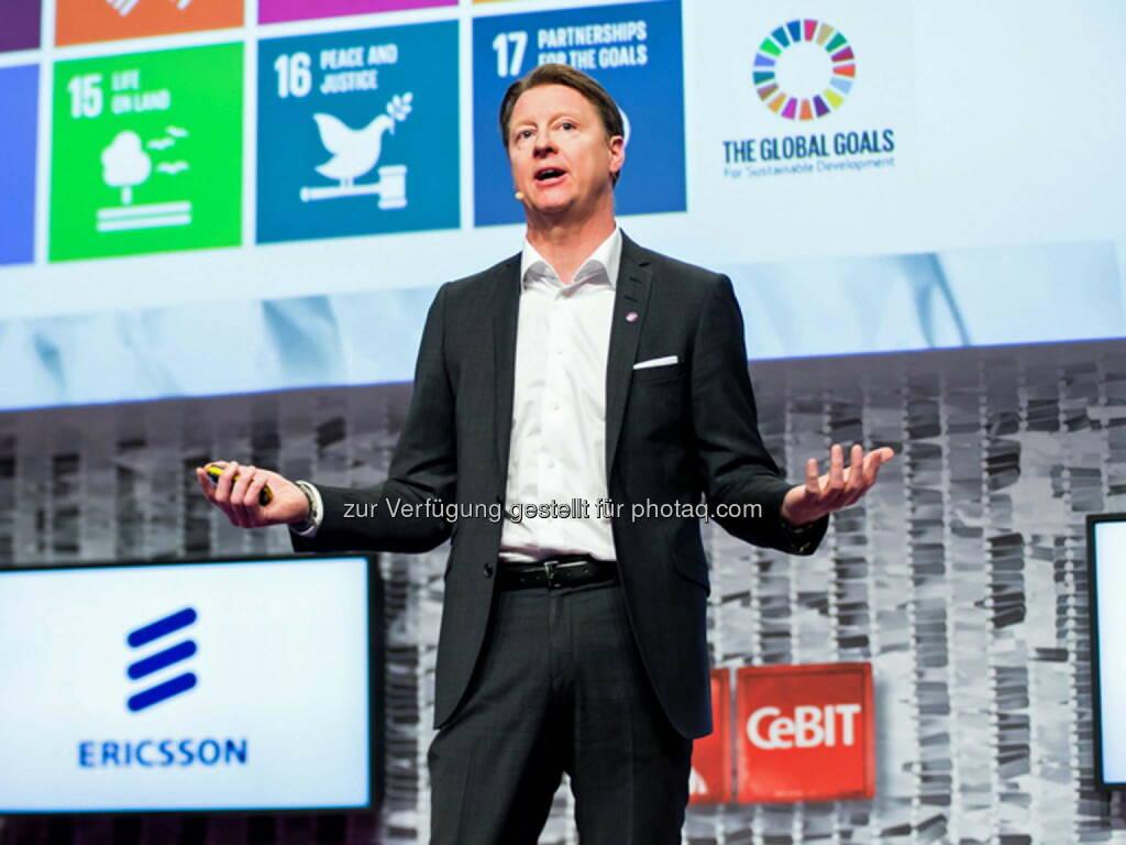 Hans Vestberg (CEO Ericsson) : CeBIT 2016 : Frühe Verfügbarkeit von leistungsstarken, sicheren und flächendeckenden Kommunikationsnetzen ist entscheidend für den Erfolg des digitalen Wandels der Wirtschaft und Gesellschaft : Fotocredit: Ericsson GmbH/Levetzow (15.03.2016)
