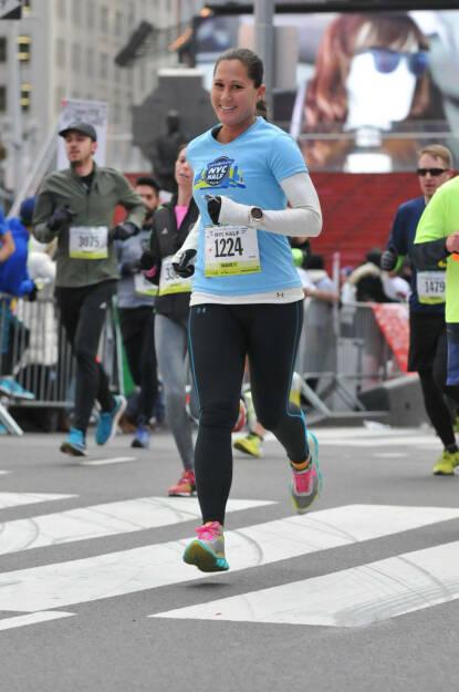 Monika Kalbacher beim NYC Halbmarathon, NYC Half (24.03.2016)