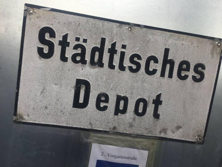 Städtisches Depot Schweizer Franken