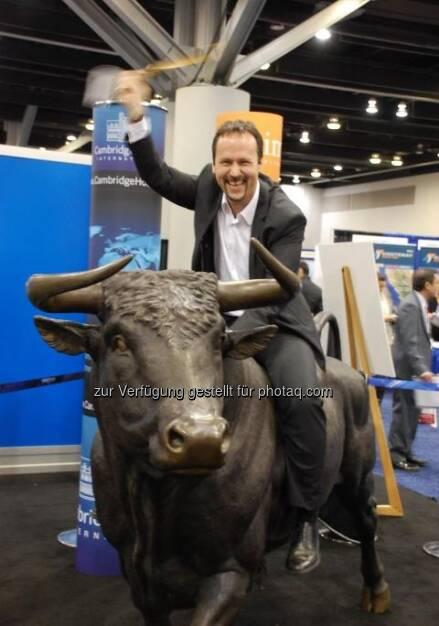 Joachim Brunner (IR-World.com) reitet den Bullen (c) IR-World.com (15.12.2012)