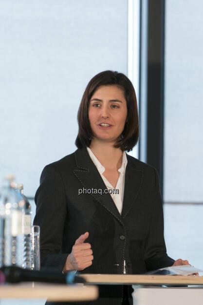 Birgit Noggler (CFO Immofinanz), http://privatanleger.immofinanz.com , © Martina Draper für Immofinanz (10.04.2013)