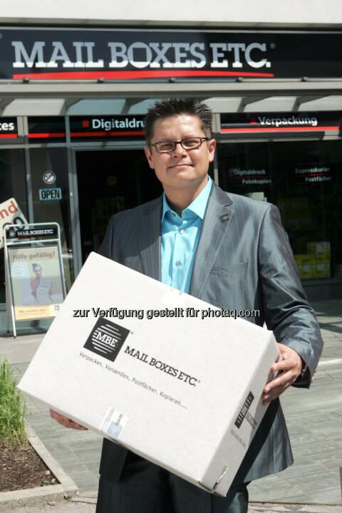Dieter Baier, Österreich Manager von MBE - Mail Boxes Etc.(MBE) setzt auf Nachhaltigkeit: Wir drucken klimaneutral! (Bild: Mailboxes Etc.(MBE))