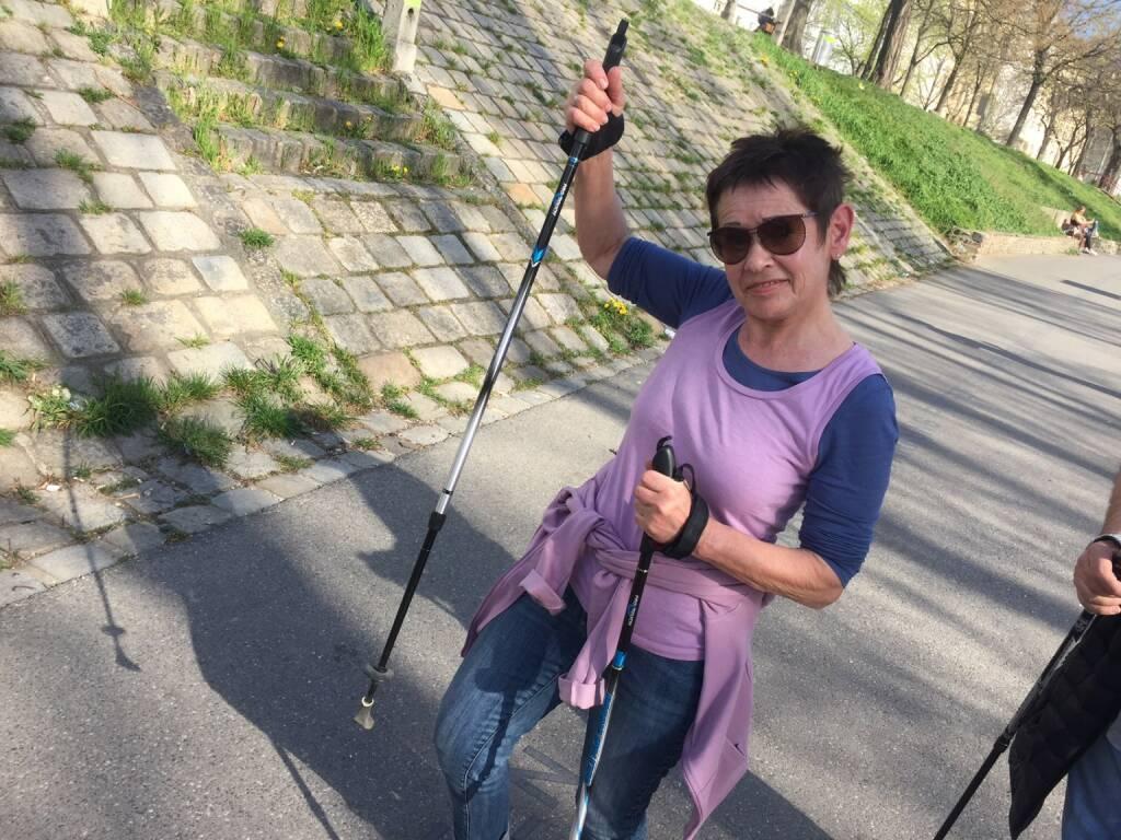 Mit Ex-Sanochemia-Sprecherin Rita Hoch am Donaukanal walken und plaudern (31.03.2016)