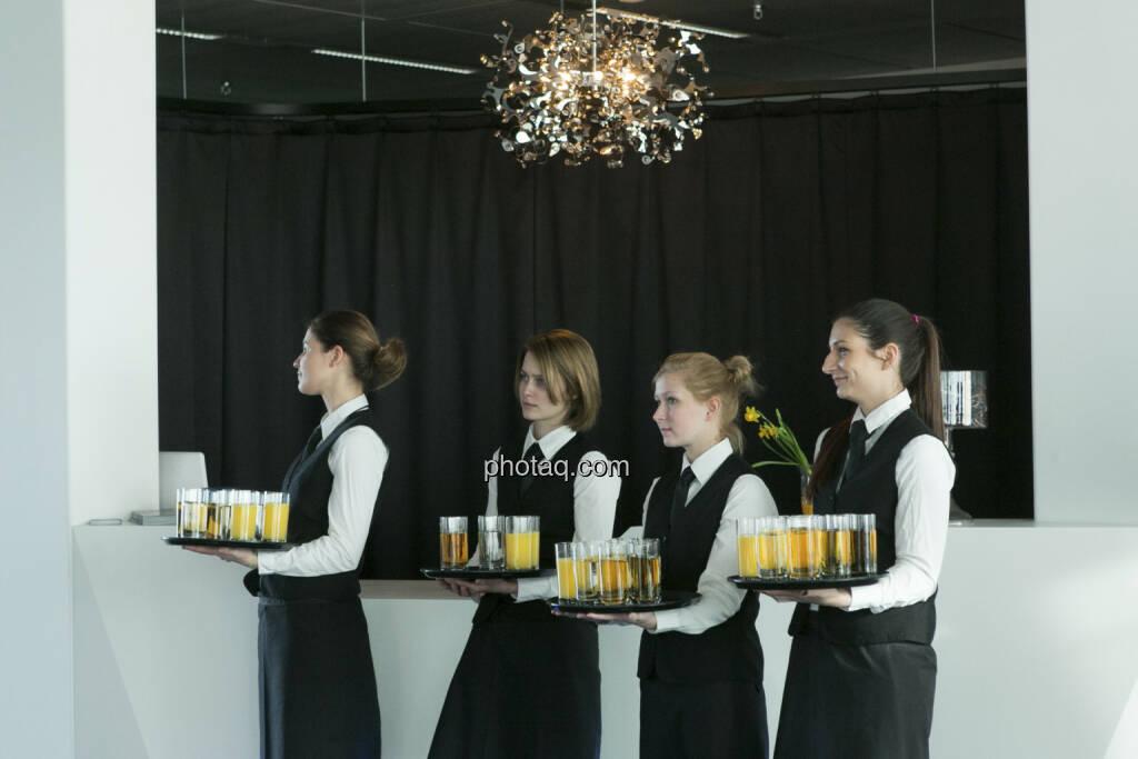 Immofinanz - Privatanleger Roadshow, Kellnerinnen, http://privatanleger.immofinanz.com , © Martina Draper für Immofinanz (10.04.2013)