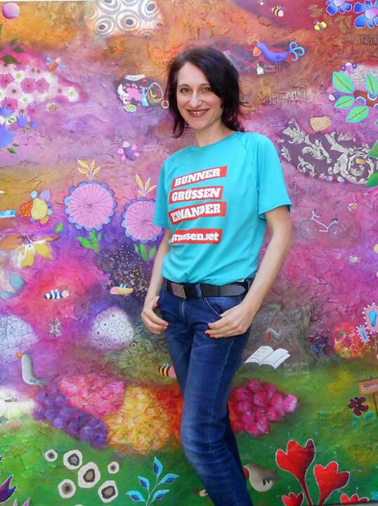 Künstlerin Franziska Schmalzl http://www.franziskaschmalzl.com im Shirt von http://www.gruessen.net