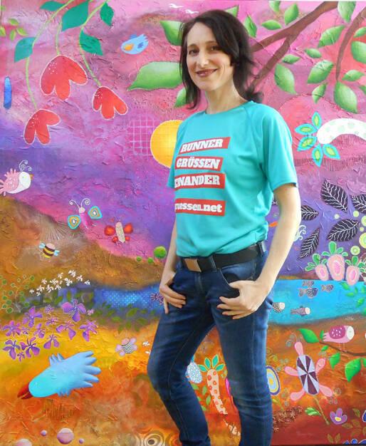 Künstlerin Franziska Schmalzl http://www.franziskaschmalzl.com im Shirt von http://www.gruessen.net (02.04.2016)