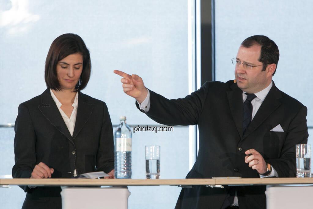 Birgit Noggler (CFO Immofinanz), Daniel Riedl (COO Immofinanz), http://privatanleger.immofinanz.com , © Martina Draper für Immofinanz (10.04.2013)