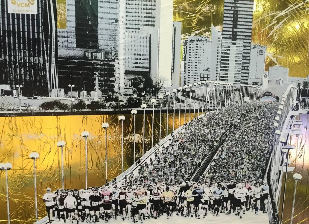 Vienna City Marathon 2015 by und auf http://www.rescuesheets.com , links unten bin ich (10.04.2016)