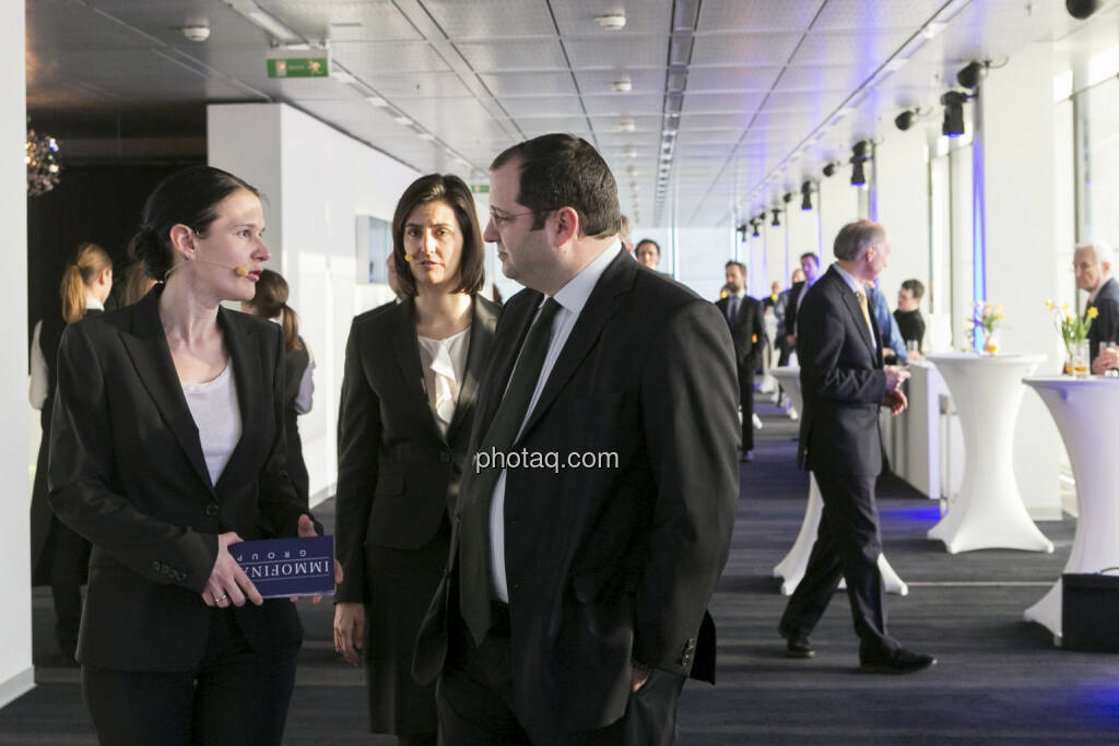 Bettina Schragl (Head of Corporate Communication Immofinanz), Birgit Noggler (CFO Immofinanz), Daniel Riedl (COO Immofinanz), http://privatanleger.immofinanz.com  , © Martina Draper für Immofinanz (10.04.2013)