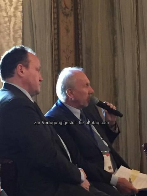 Ambroise Fayolle (EIB), Ewald Nowotny (OeNB) beim 21st Austria Event in NYC (Bild: Verena Nowotny)  (14.04.2016)