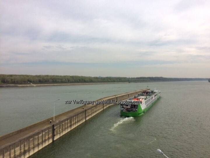 Schiff, Donau