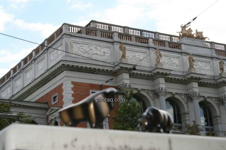 Altes Wiener Börsegebäude, Ringstrasse, Bull & Bär (c) Drastil