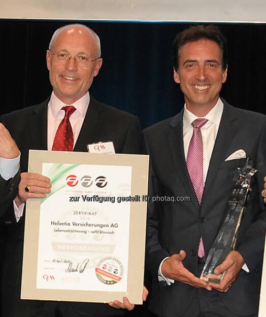 Alexander Punzl (ÖVM), Werner Panhauser (Helvetia Vertriebsvorstand) : Verleihung des Assekuranz Award Austria : Platz 1 für Helvetia :  Fotocredit: Wolfgang Kunasz-Herzig, © Aussendung (18.04.2016)