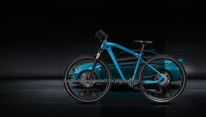 BMW Cruise M Bike Limited Edition : Motorsport-Feeling mit dem Fahrrad : Die BMW Cruise M Bike Limited Edition, eine Hommage an neues BMW M2 Coupé : ©BMW Group