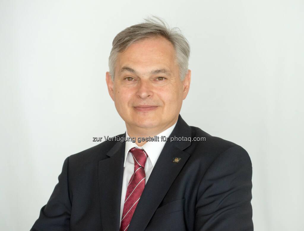 Gerhard Stark ist neuer Ärztlicher Direktor der Österreichischen Ordensprovinz der Barmherzigen Brüder : Fotocredit: Barmherzigen Brüder/Rupprecht, © Aussender (21.04.2016)
