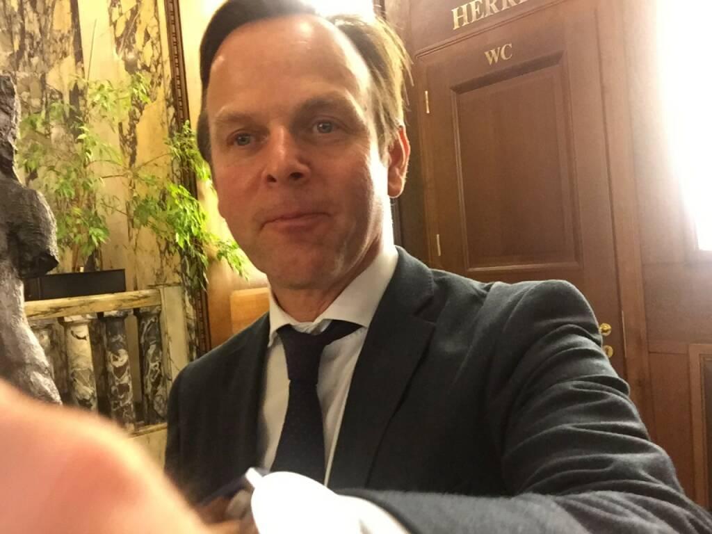 Volker Meinel Selfie, BNP Paribas (22.04.2016)