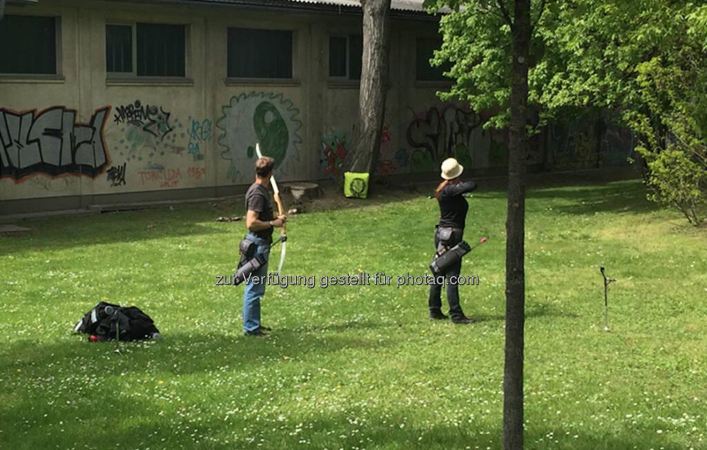 Erinnert mich daran, dass die Kinder Robin-Hood-Sachen wollen (26.04.2016)