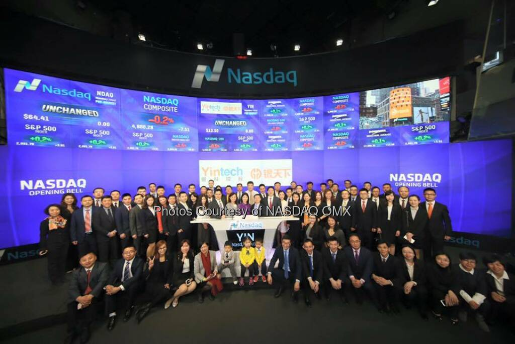 #Yintech rings the Nasdaq Opening Bell in celebration of #IPO today!   Source: http://facebook.com/NASDAQ (27.04.2016)