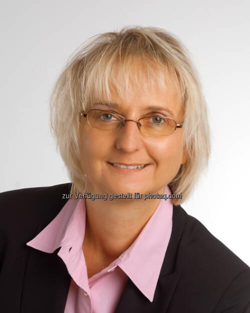Stephanie Kniep, Head of Investor relations bei der Lenzing AG seit 1. Oktober 2012  (15.12.2012)